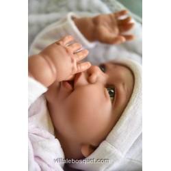 Le beau poupon Daniela de la série Mon premier Reborn d'Antonio Juan