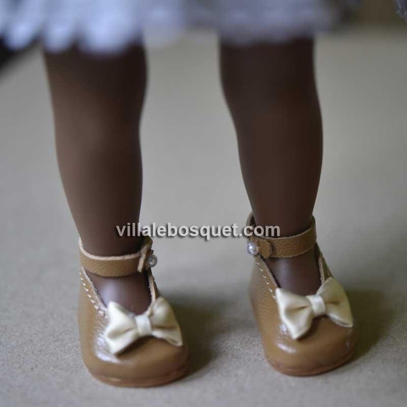 Les belles chaussures de poupées Wagner en cuir véritable