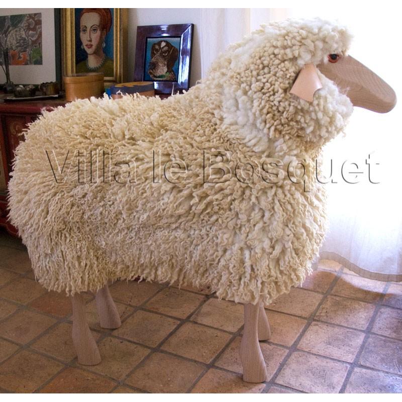 deco maison mouton en bois hilde d co mouton en bois avec v ritable toison de laine villa le. Black Bedroom Furniture Sets. Home Design Ideas