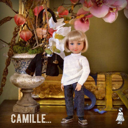 CAMILLE POUPEE CUSTOMISEE...