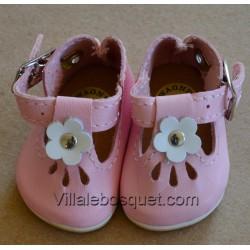 CHAUSSURES AVEC FLEUR WAGNER EN CUIR ROSE - chaussures de poupées