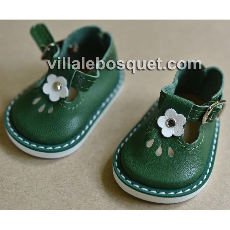 CHAUSSURES WAGNER EN CUIR BLANC AVEC BOUCLE - chaussures de poupées