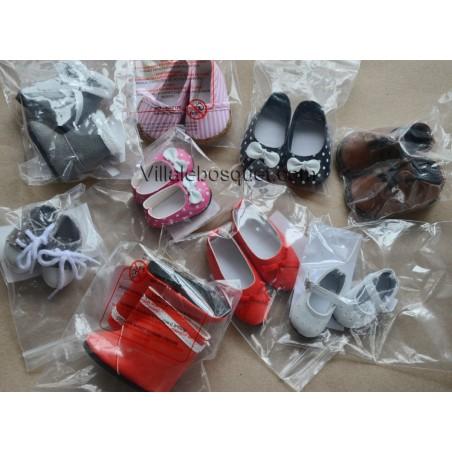 Chaussures pour les poupées de Sylvia Natterer.