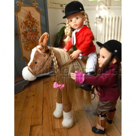 Accessoires, peluche et jouets pour les poupées!
