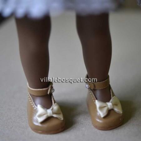 Chaussures de qualité, faites à la main en Allemagne pour vos poupées par la maison de tradition Wagner.