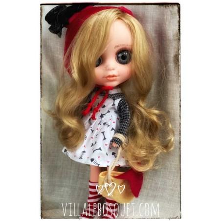 Rubrique de poupées qui ont un petit défaut par la production ou transport ou autre.