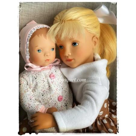 Très belles poupées à jouer et à collectionner de Sylvia Natterer pour Petitcollin, fabrication Européenne!